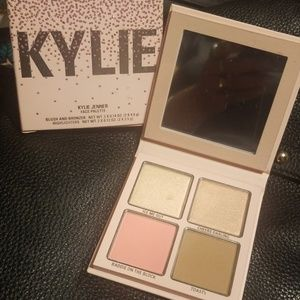 Kylie Highlighter Pallette
